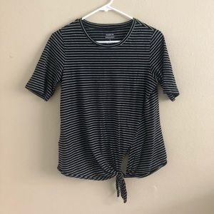 Banana Republic Designer Tee Black with stripes